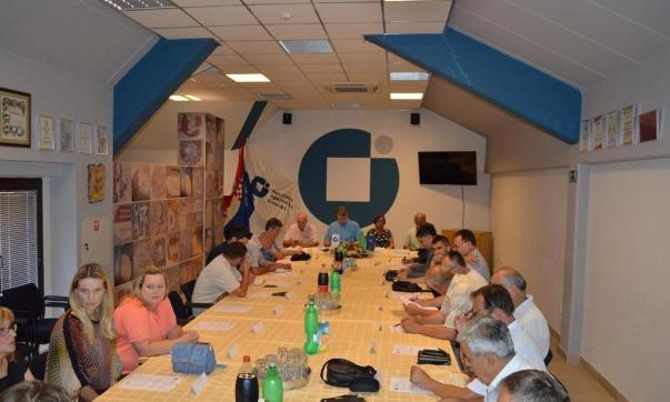 """U organizaciji OK Sisak održan radni sastanak – """"Uspostava prekogranične suradnje susjednih regija"""""""